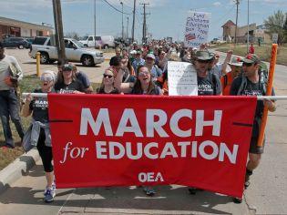 oklahoma-teachers-strike-01-ap-jef-180410_hpMain_4x3_992